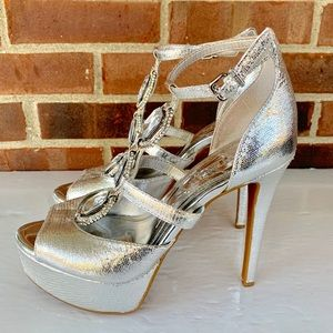 Gianni Bini silver platform ankle strap heels